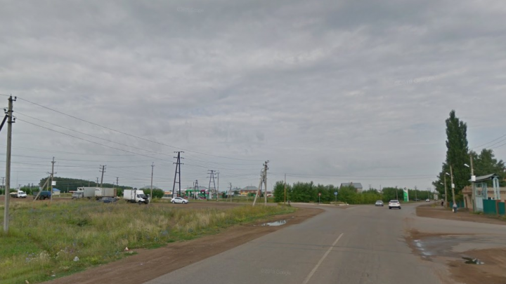 В Башкирии прорвало трубопровод, разлилась нефть