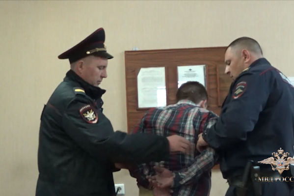 Во вторник Максим Пашнин из Челябинской области устроил драку на борту самолёта, вылетавшего из Новосибирска в Москву
