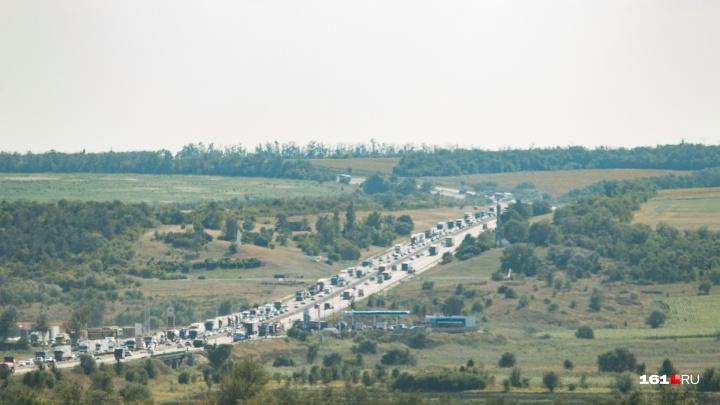 В аварии на трассе М-4 «Дон» пострадали пятеро ростовчан