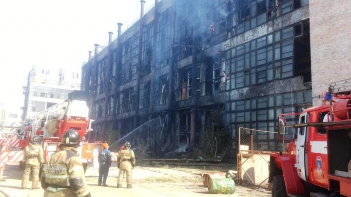 В Омске на заводе пластмасс произошёл второй пожар за два дня