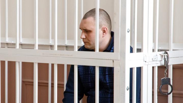 «Она была мне как родная»: в суде Волгограда обсудили дорогие вещи зверски убитых волжанок