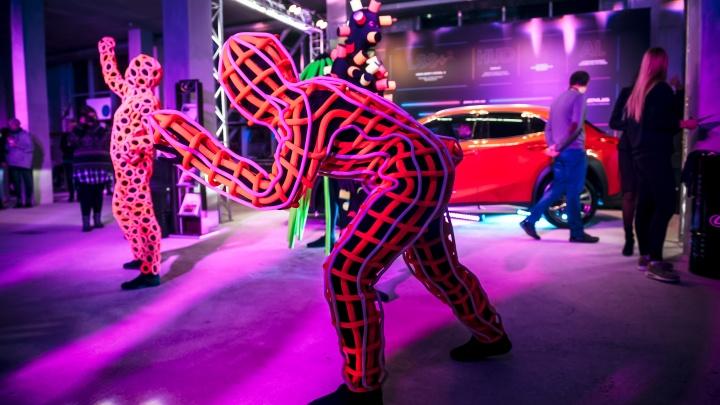 Компания VERRA представила на ART&SCIENCE FEST смелое произведение искусства