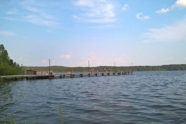 На Урале масса красивых водоемов. Кое-где даже можно купаться