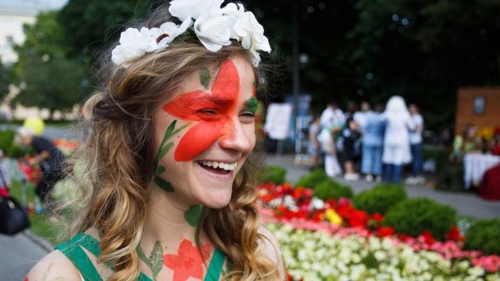 Лучшие выступят на Дне города: в Волгограде ищут таланты среди певцов, танцоров и скульптур