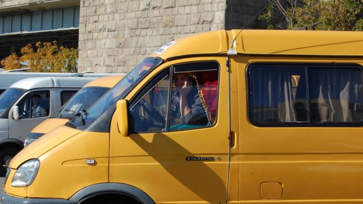 «Я мог умереть за 30 рублей»: водитель маршрутки изрезал лицо пассажира ножом