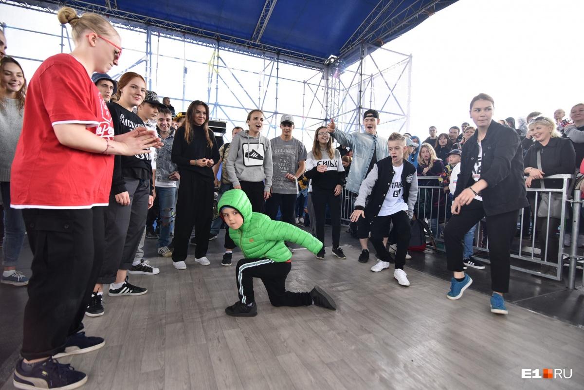 Фестиваль танцев DanceEkb