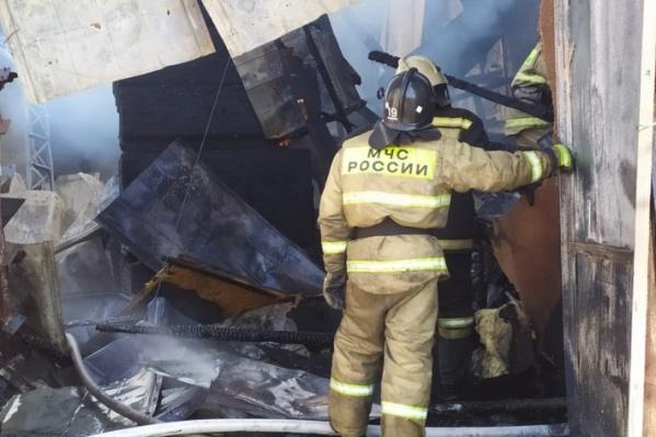 Пожар в доме начался, когда взрослых не было рядом