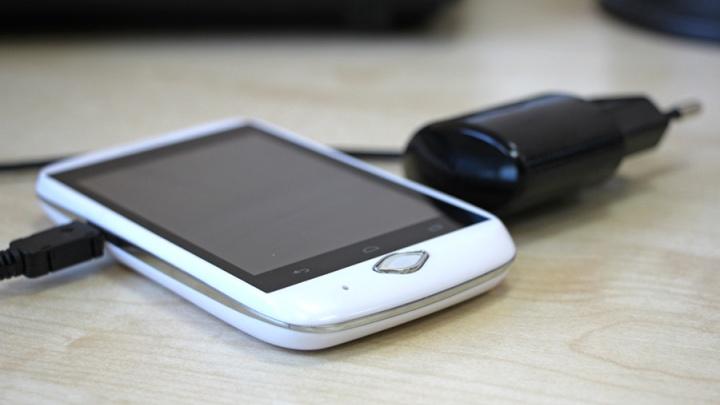При долге за свет больше 500 рублей красноярцам стали присылать SMS-оповещения