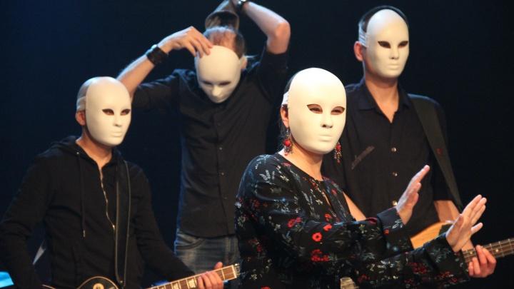Рок-группа «Проверено» показала новый клип на песню про вампиров