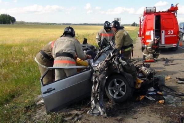 Выезд на встречную полосу часто приводит к тяжелым авариям