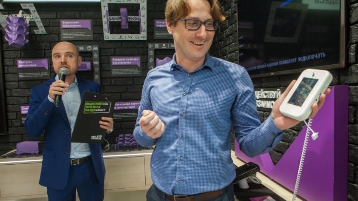 Сразились в виртуальный пинг-понг смартфонами: Tele2 тестирует 5G