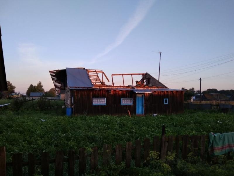 ВБашкирии ветер снёс крыши жилых домов