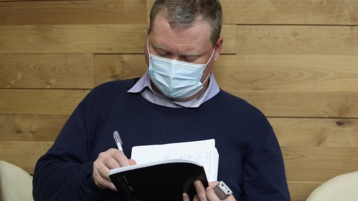 Чиновники рассказали, как борются с эпидемией гриппа и сколько людей под наблюдением по коронавирусу