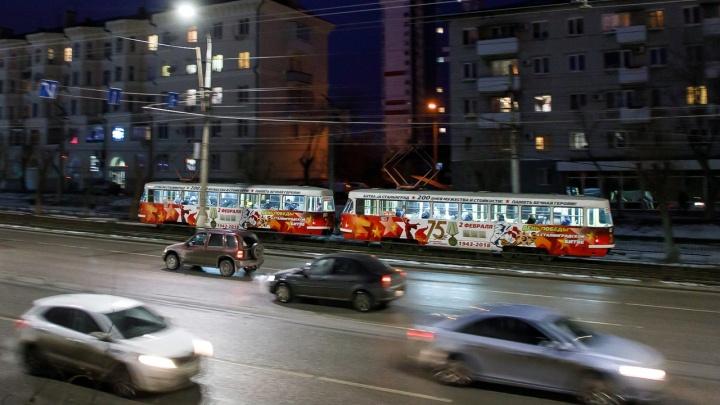Волгоградцев после фейерверка развезут по домам дополнительные автобусы и троллейбусы