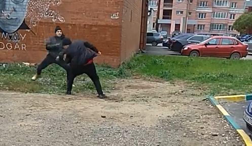 Арт-акция превратилась в рукопашный бой