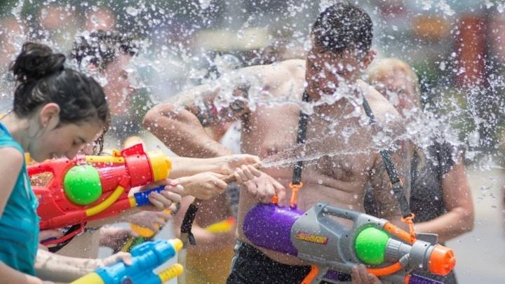 Волгоградцы сразятся в жаркой битве на водных пистолетах