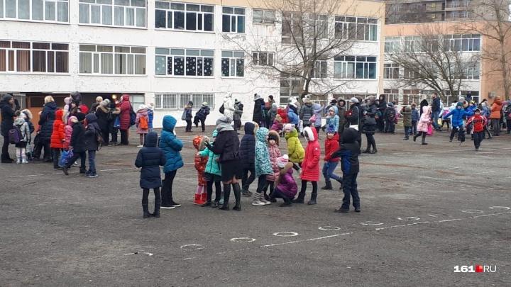 В Ростове прекратились массовые эвакуации