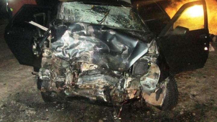 В Прикамье в аварии на трассе один человек погиб и двое пострадали