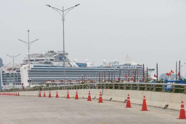 Карантин на роскошном лайнереDiamond Princess длится уже две недели