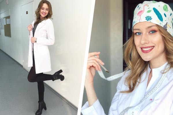 Студентка НГМУ не смогла подобрать себе шапочку и решила шить аксессуары самостоятельно