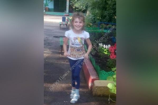 8-летняя Алина Чернова