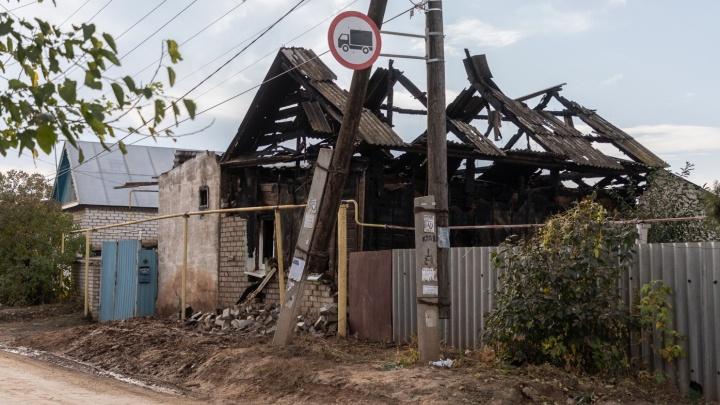 Под Волгоградом семью сгоревшей матери четверых детей поручили соцслужбам и православному приходу