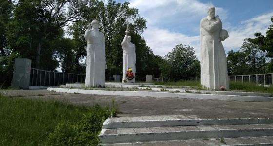 Боец СОБРа из Екатеринбурга нашёл могилу прадеда, пропавшего без вести в 1945 году