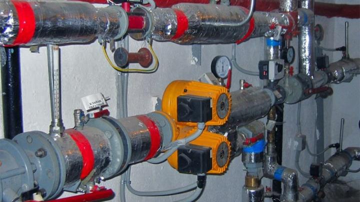 На Эльмаше из-за ремонта теплопунктов на несколько дней отключили батареи в квартирах