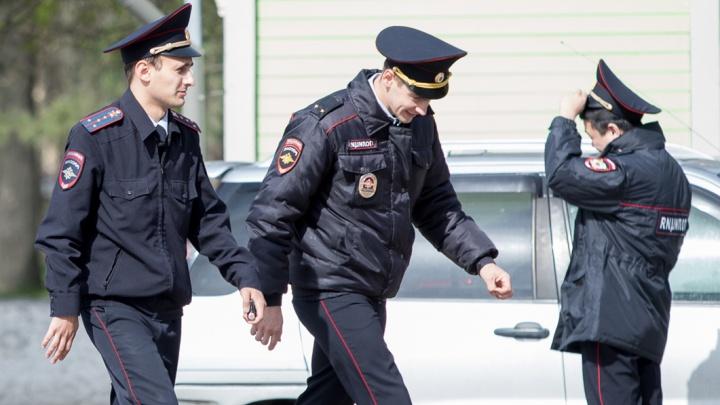 Воры вынесли из квартиры директора ростовского ломбарда золотые украшения и бриллианты