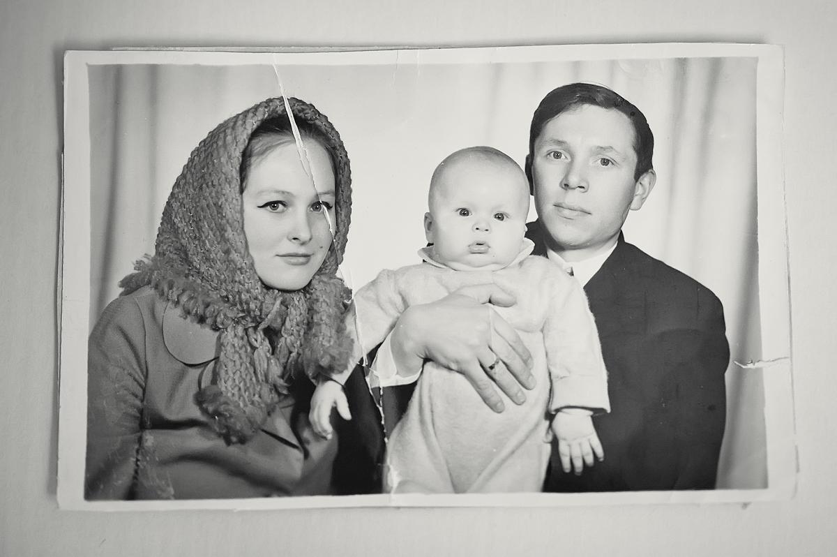 Юра —единственный сын у Сергея и Людмилы