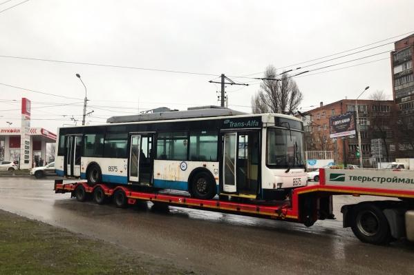 Новые троллейбусы уже привезли в Ростов из Москвы