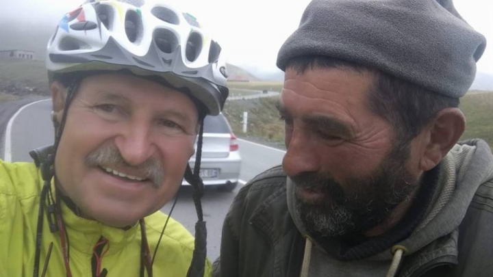 Красноярский путешественник проехал за 25 днейпо пути ленд-лиза 3000 км из Ирана в Россию