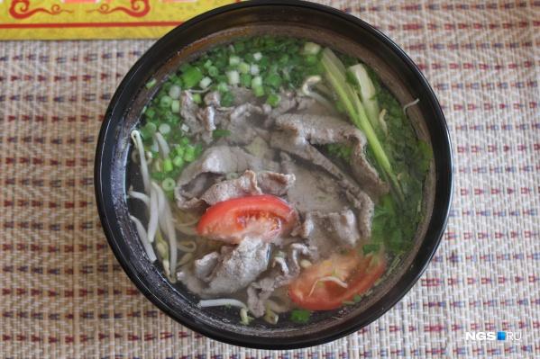 Суп фо из закусочной Chao Pho за 230 рублей