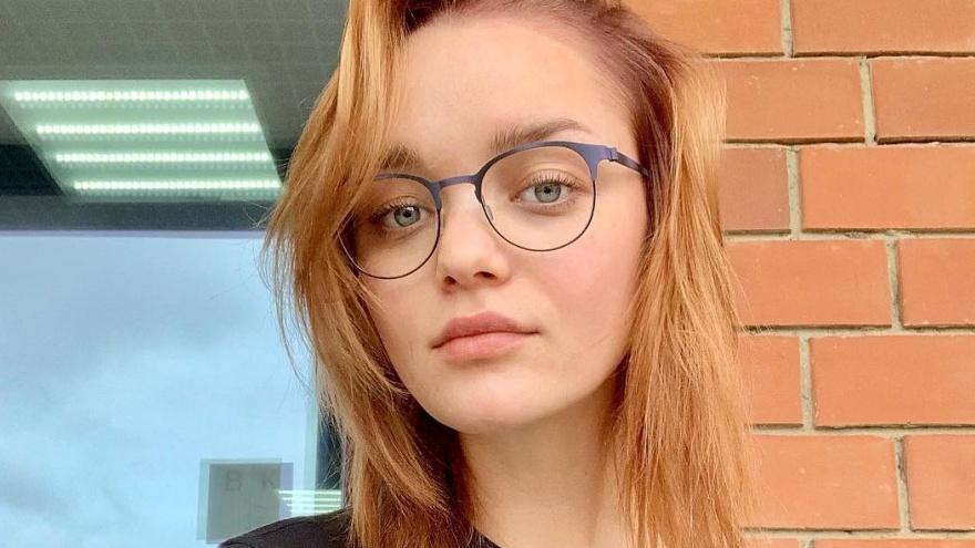 Красноярская модель в коротком ролике дала мастер-класс по позированию