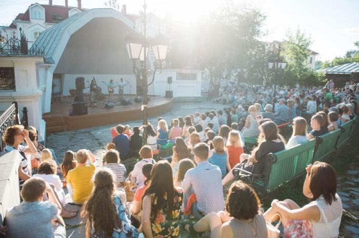 В Литературном квартале откроется летнийOpen Air Fest