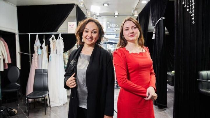 «Это колхоз»: владелица свадебного салона из Тутаева поменялась местами с боссом столичного шоурума