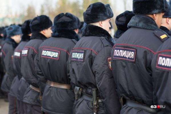 К поискам привлекали десятки полицейских