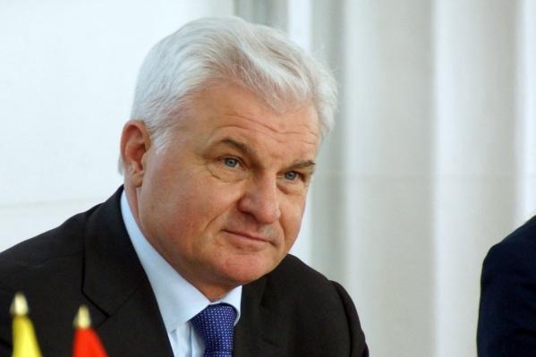 Владимир Плотников в день получал по 15 065 рублей