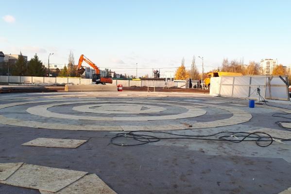 Сейчас фонтан законсервирован на зиму