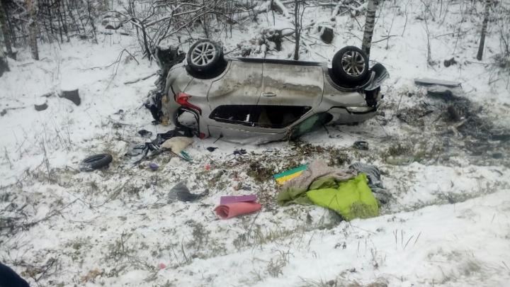 Женщина за рулём легковушки погибла после столкновения с фурой на трассе М-5 в Челябинской области