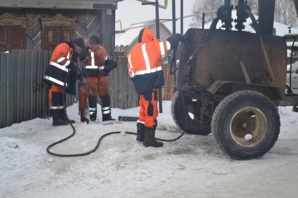 Этой зимой отогревать все водоразборные колонки в городе будет только одна бригада «Водного Союза»