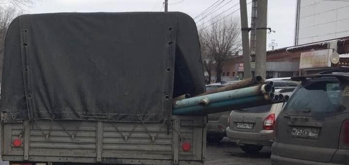 В Самарской области водитель УАЗа ударил женщину трубой