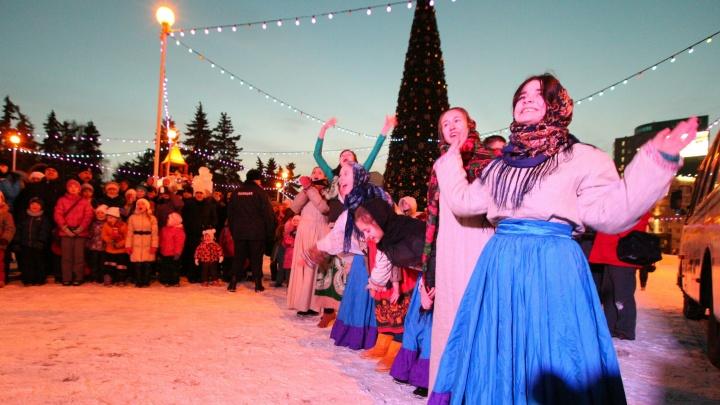 Никакого праздника: зауральские родители пожаловались на отмену новогодней сказки