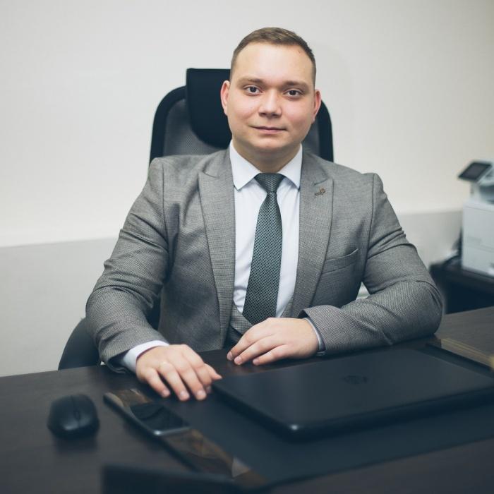 Руководитель юридической практики ООО «Современная защита»в Новосибирске Константин Волков
