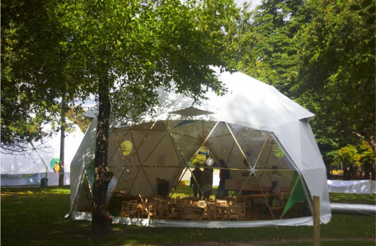 А в этих шатрах будут проходить мастер-классы