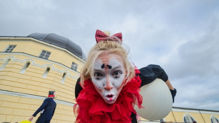 Фестиваль уличных театров вошел в топ-10 лучших культурных событий начала лета в России