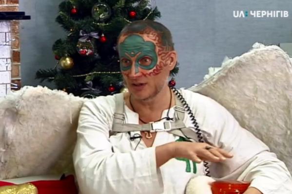 Древарх появился в утреннем шоу «Ранок», где 20 минут беседовал с ведущими