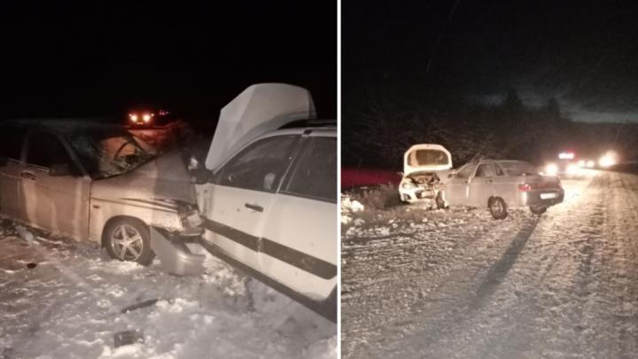 Полиция разбирается в аварии в Устьянском районе — пострадали пятеро, в том числе маленький ребенок