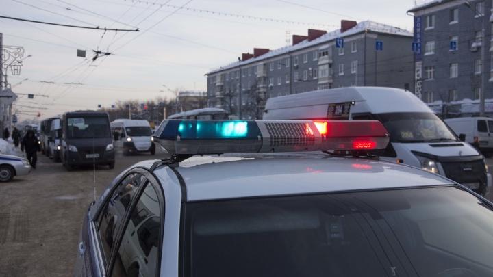 Сбил девушку и скрылся: в Уфе ищут водителя машины фиолетового цвета