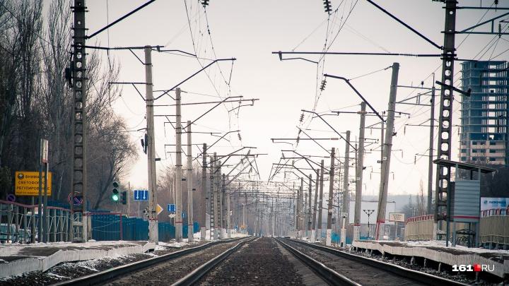 В районе Сельмаша 19-летний студент погиб под колесами поезда